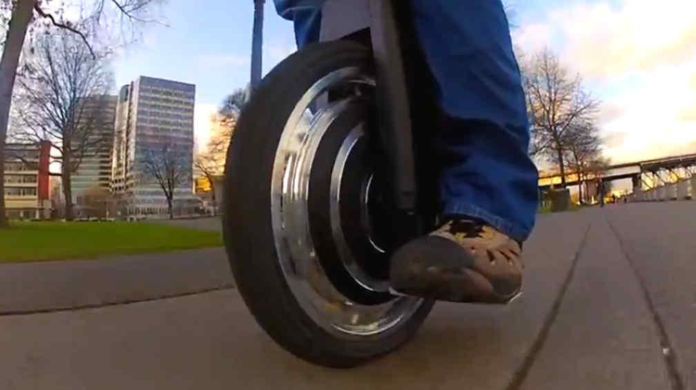 Para ir al trabajo un monociclo el ctrico la voz del for La voz del interior trabajo