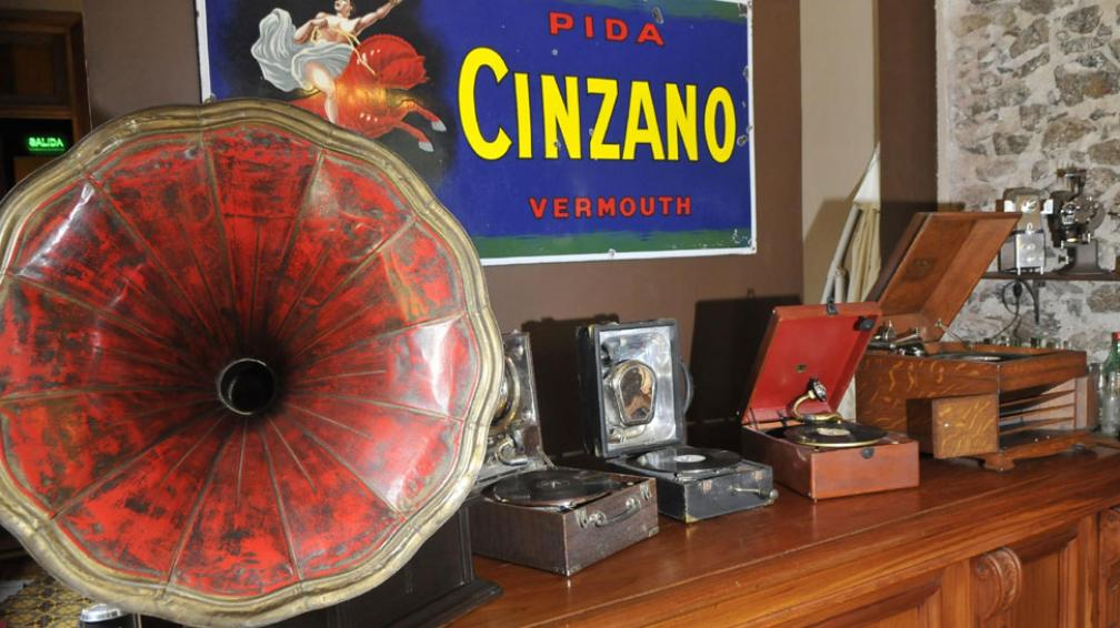 Sonidos. Todos los gramófonos de la colección (Martín Baez/La Voz)