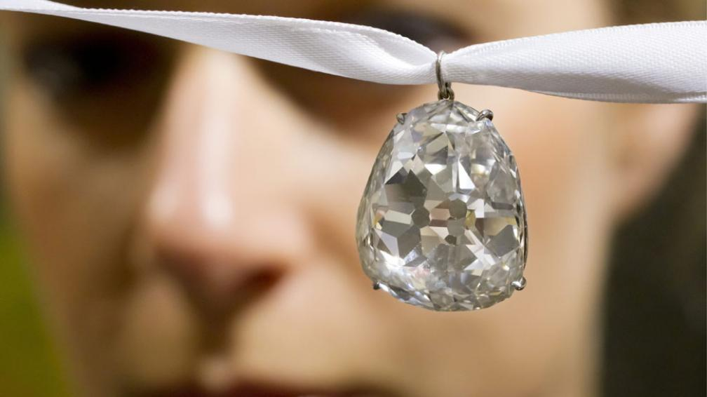 BEAU SANCY. Tiene 34,98 quilates y es uno de los diamantes más importantes de la historia (AP).