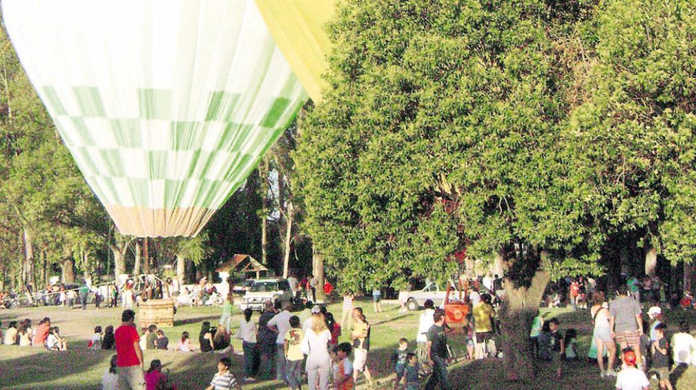 El encuentro de globos aerostáticos ya es un clásico de Alta Gracia.