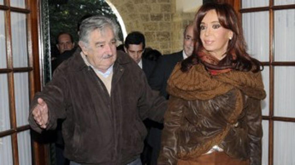 URUGUAY. Reunión entre Mujica y Cristina (Presidencia de Uruguay).