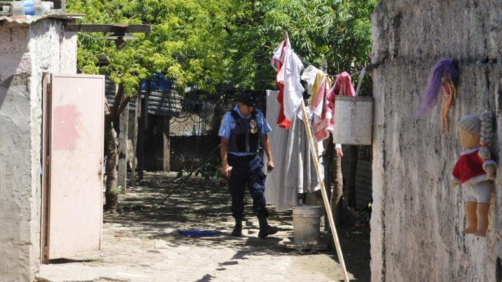 """Sin paz. La guerra desatada entre la banda conocida como """"Los Tucumanos"""" y otros grupos parece no terminar más en Villa El Nailon (Ramiro Pereyra/Archivo)."""