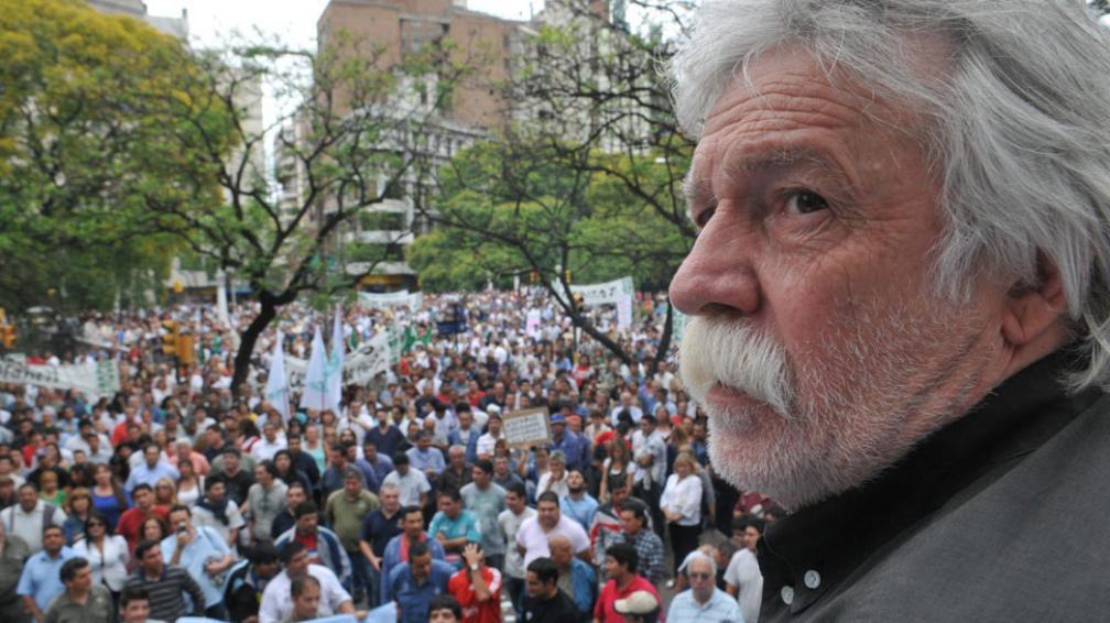 Responde el martes. El Suoem debatirá mañana en asambleas la propuesta salarial (Raimundo Viñuelas/Archivo).