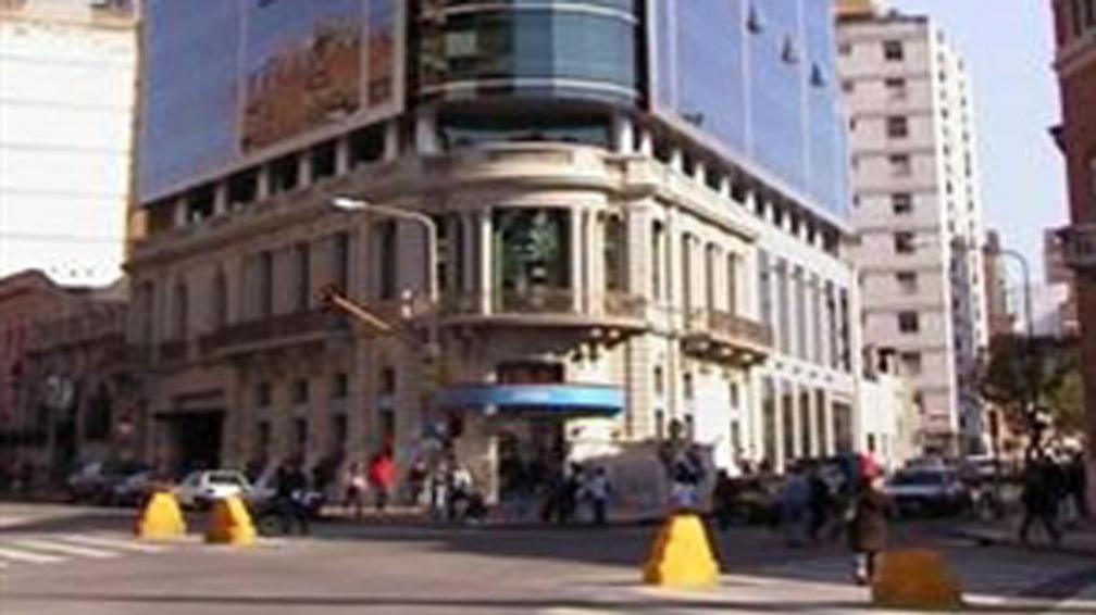 Edificio. La Provincia no tendrá que cumplir la promesa de hacer el edificio de Motorola.