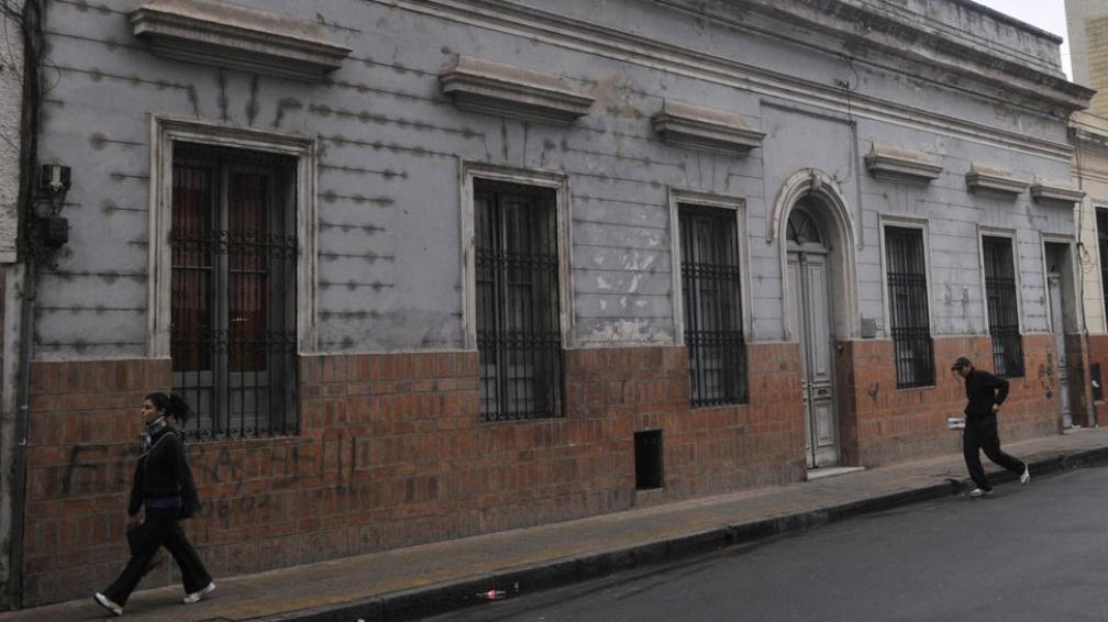 La casona. El antiguo edificio no tiene protección patrimonial, y una empresa constructora cuenta con los permisos para demolerlo.