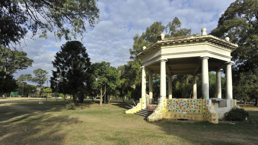 Renovación. El Parque Las Heras, uno de los más antiguos de la ciudad, sufrirá varios cambios (Sergio Cejas/LaVoz).
