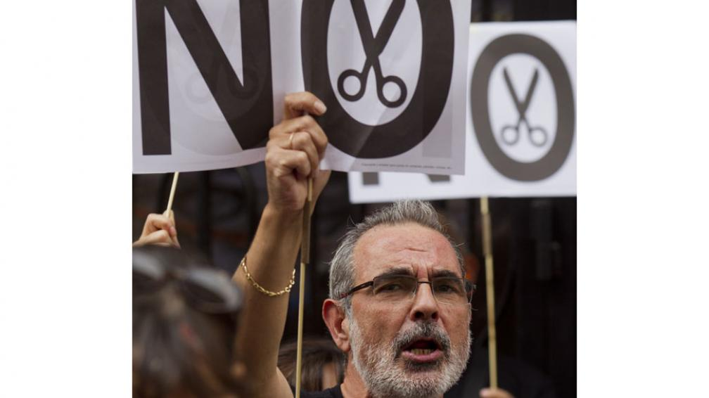 Protesta. Frente al Ministerio de Economía (AP).