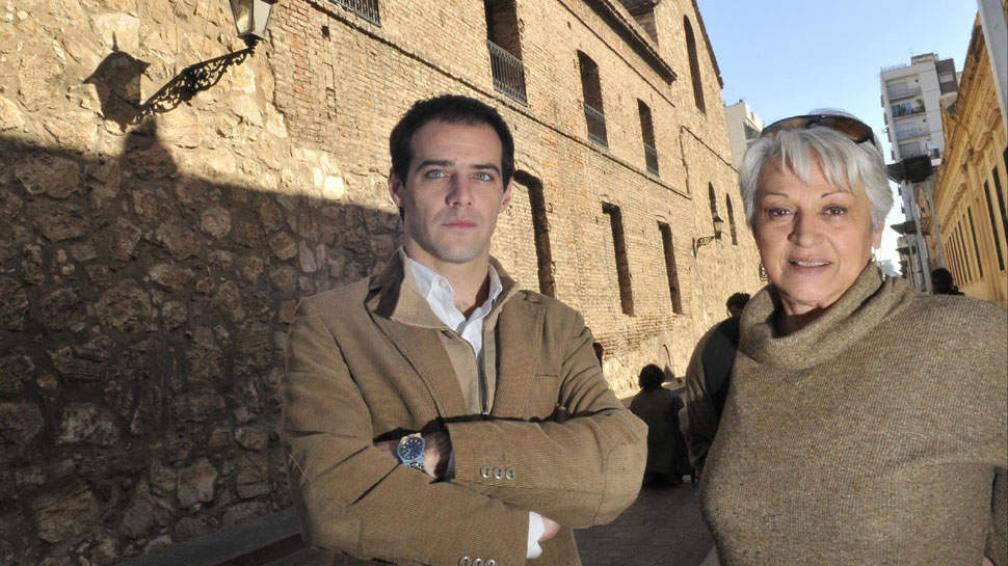 Autores. Federico Sartori y Josefina Piana continúan en su libro la polémica por la fundación de la UNC (La Voz / Ramiro Pereyra).