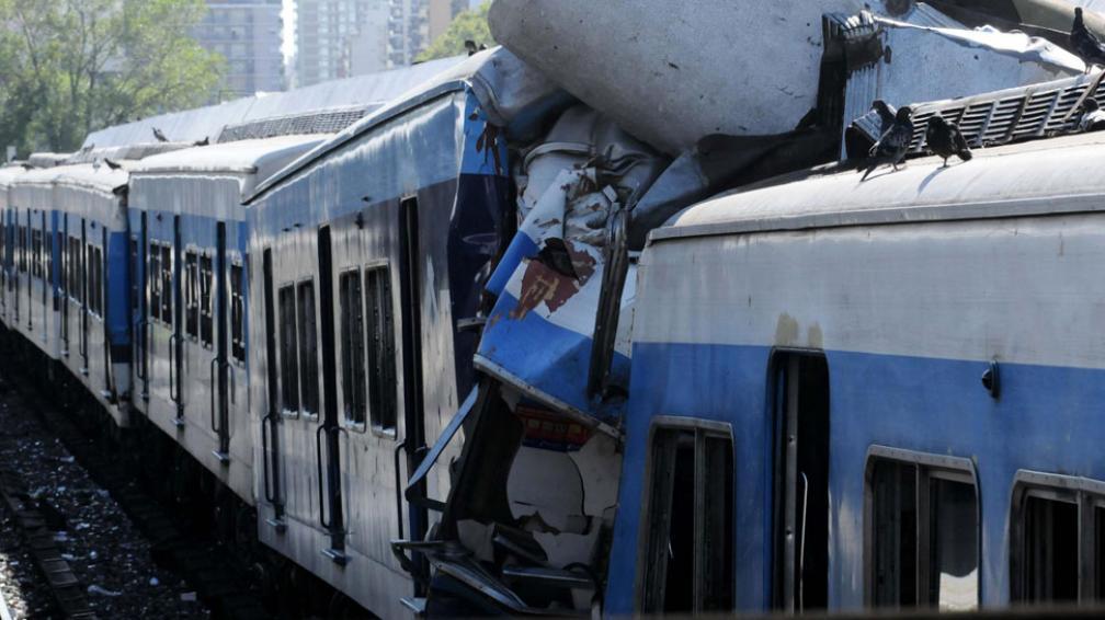 La Justicia convocó a una junta de peritos para determinar las causas del accidente en Once (DyN).