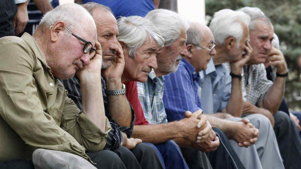 En 2050 habr m s personas ancianas que menores de 15 for Sillon alto para personas mayores