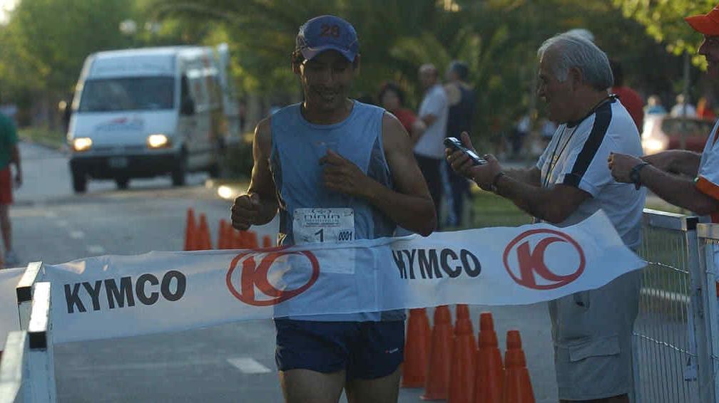 R o cuarto hoy se corre la marat n de los dos a os la for Rio cuarto 230 anos