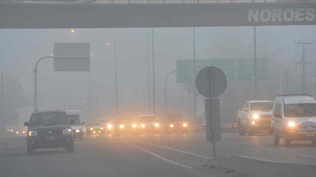 La niebla afect el funcionamiento del aeropuerto c rdoba for Lavoz del interior cordoba