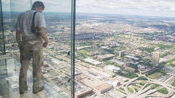 Willis Tower. Balcones de acrílico en el piso 103. (Stefano Armaroli / 123rf)