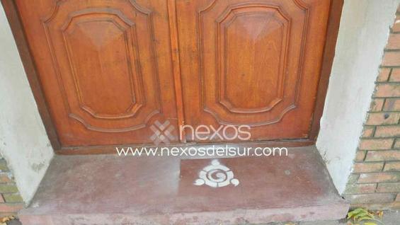 COLEGIO SAN JOSÉ. La pintada que apareció en uno de los ingresos (Foto Nexos del Sur).
