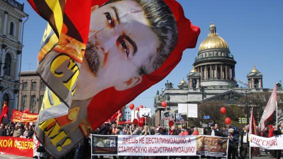 RUSIA. Las marchas por el Día del Trabajador (AP).