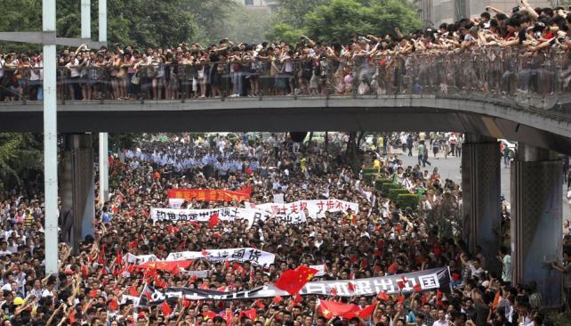 Repudio. La acción de activistas japoneses desató la ira en China (AP).