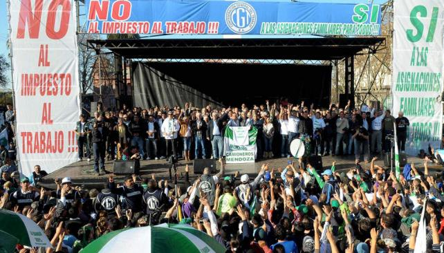 Balance. La movilización convocada por Hugo Moyano a Plaza de Mayo abrió un abanico de adhesiones y rechazos (DYN / Archivo).