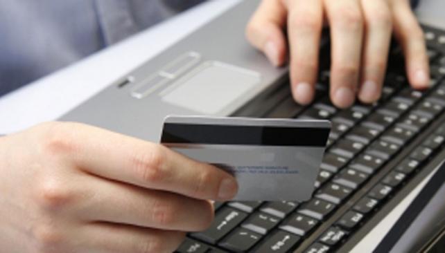 Virtual. El comercio electrónico reemplazará al comercio tradicional por sus menores costos fijos.