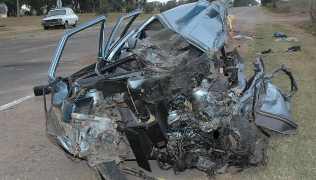 Pilar. En la ruta 9 sur, falleció el conductor de un auto que chocó con un ómnibus (Gentileza Daniel Arévalo).