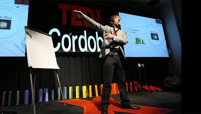 Pablo Aristizábal en TEDx Córdoba.