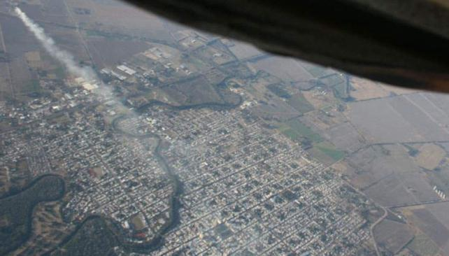 Humo. El viento norte sopla y cubre toda la ciudad. Se desatan casos de rinitis y afecciones respiratorias (La Voz).