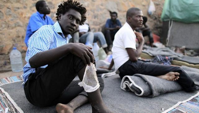 A la deriva. Los indocumentados africanos quieren llegar a la UE (ElPais.es).