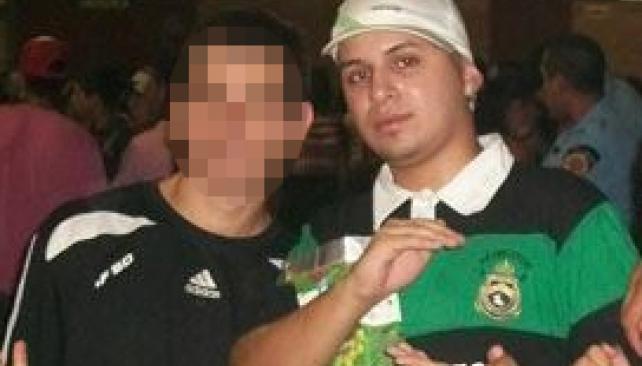 Última foto. Facundo Rivera, la noche en que estaba con amigos en el baile de Damián Córdoba. Horas después, desapareció.