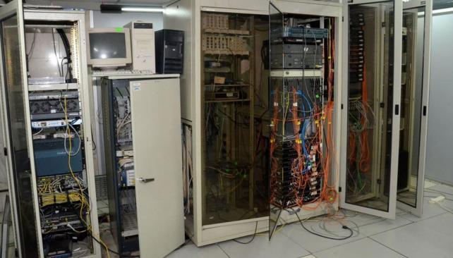 El servidor. El equipo actual es de 1999, carece de soporte desde 2007 y colapsa a menudo (Municipalidad de Córdoba).