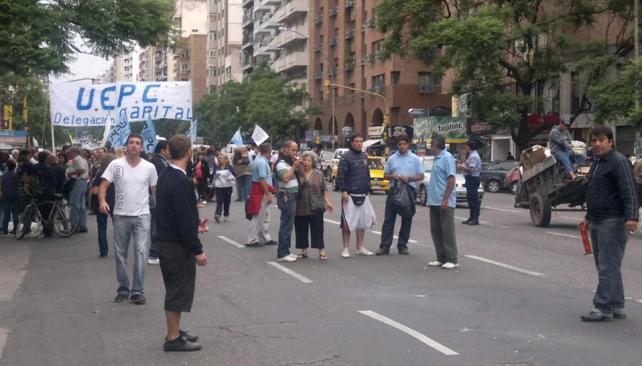 MOVILIZACIÓN DE UEPC (La Voz/P. Castillo).