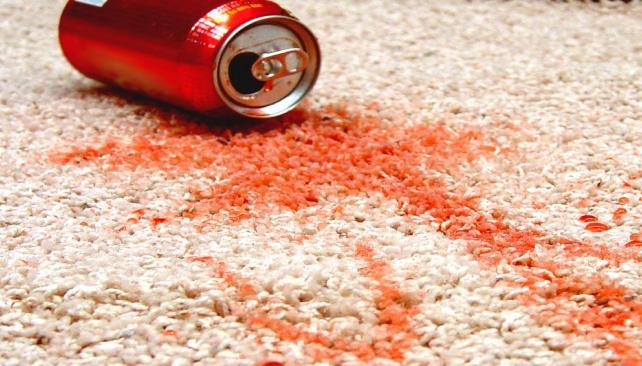 C mo eliminar las manchas del piso la voz del interior - Como sacar manchas del piso de ceramica ...