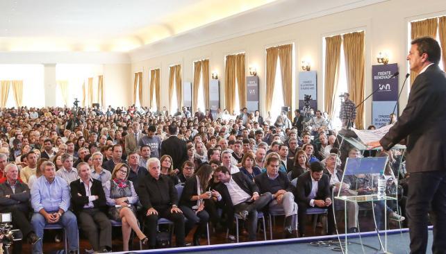 Germán Di Cesare presente en Congreso del FR — Mar del Plata