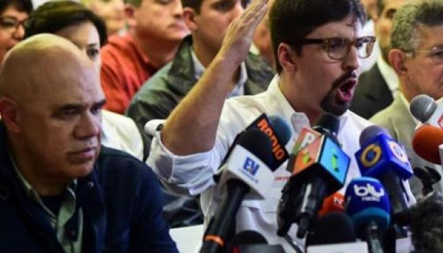 Maduro advierte que la revolución va a continuar