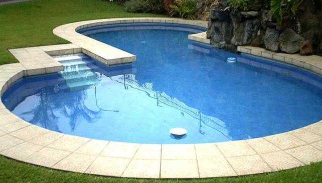 C mo solucionar el agua verde de la pileta la voz del for Recuperar agua piscina verde