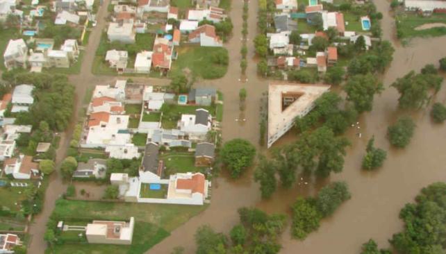 Villa María: así se ve la creciente e inundación desde el
