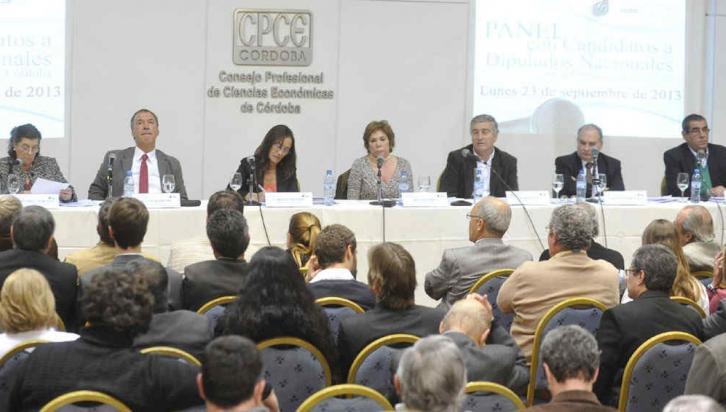 DEBATE. El panel del Cpce, sin los representantes del PRO y el FIT (Ramiro Pereyra/La Voz).