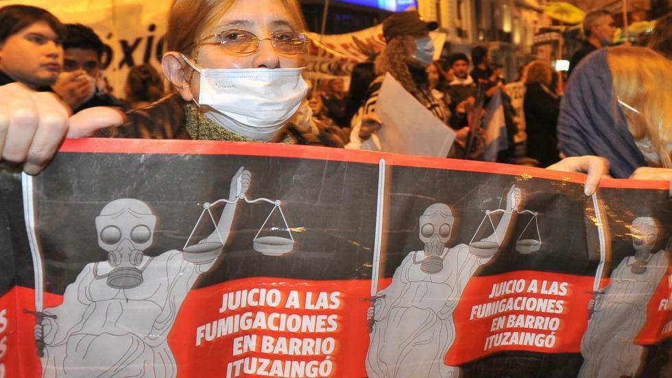 Emblema. El caso por contaminación en barrio Ituzaingó, el primero en llegar a condena, fue instruido por el fiscal Matheu. (Sergio Cejas / Archivo)