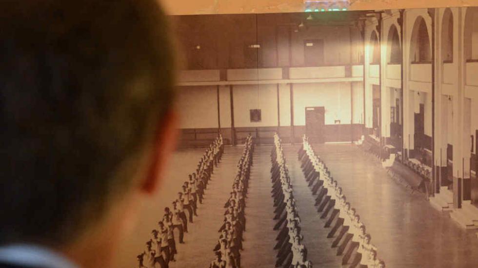 Macri visit la ex esma al participar de una reuni n del for Donde queda el ministerio de interior y justicia