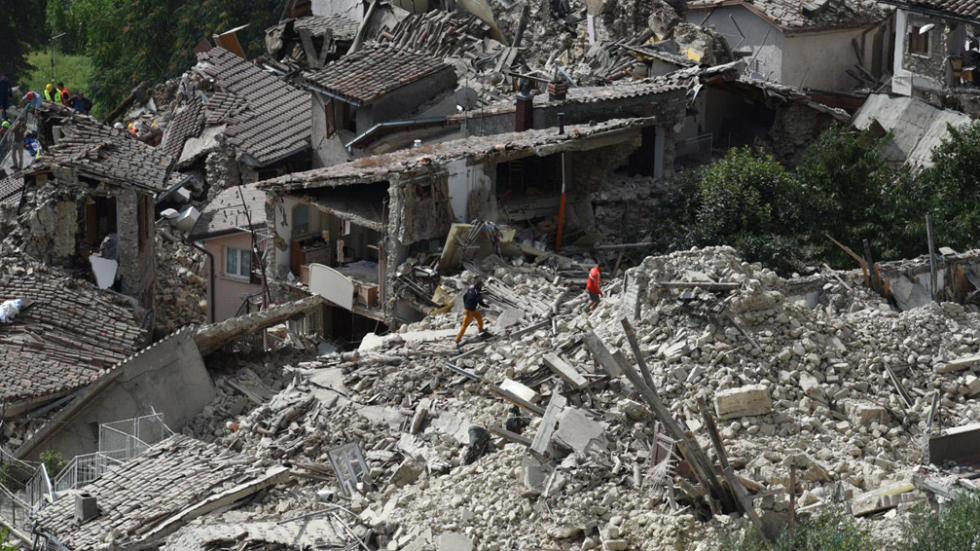 TERREMOTO ITALIA: Al menos 60 muertos